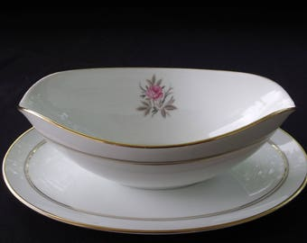 Noritake Daryl Gravy Boat with Attahed Underplate