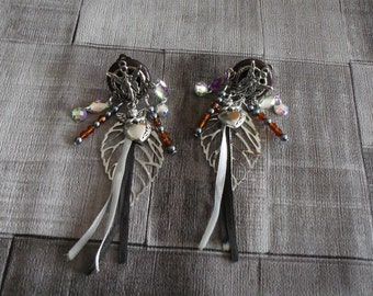 earring clips has charms