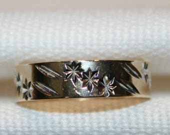 Vintage 9ct yellow gold friendship ring