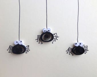 Quilled Card, Quilled Black Spiders, Creepy Crawlies Card, Blank Card, Quilled Art, Greeting Card, quilled animals