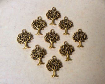 10 Tree of Life Charms in Antique Gold