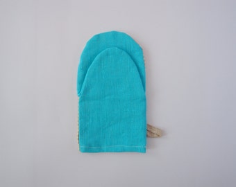 Linen kitchen mitten, Scandinavian Fabric