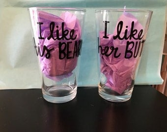 Beer Set- I like her butt I like his beard- couple pint mugs Beard Butt Beer Pint Glass his and her beer mugs- wedding gift- wedding shower