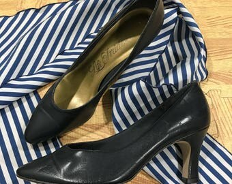 Vintage Navy Blue Life Stride Heels Pumps 7M Leather Shoes