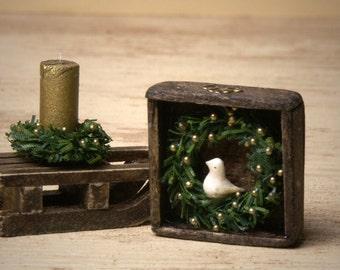 "Charming Miniature Wreath ""Little Bird"" for Your Dollhouse"