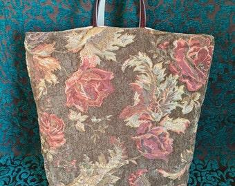 Vintage Style Floral Bag