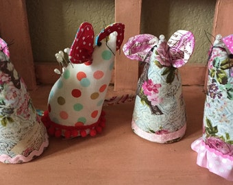 Pinnelope Mouse Pin Cushion