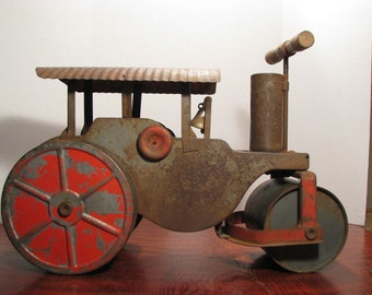 Antique Keystone Pressed Metal Ride On Toy Steam Roller