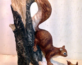 Vintage Figurine: Squirrel and Bird on Tree Trunk, Labelled 'Foreign' (4856)