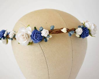 Blue flower crown. Royal blue and white floral crown. Boho weddings. Wedding flower crown. Flower girl headband. Bridesmaids hair flowers.