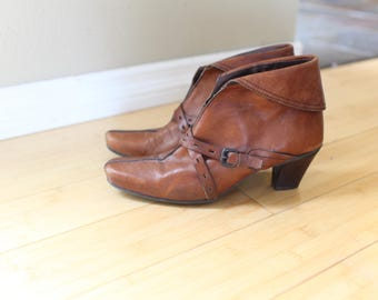 vintage cuffed brown leather buckle ankle boots womens