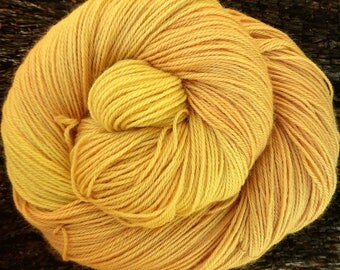 Baby Alpaca, SILK, CASHMERE, 100 gms, Hand Dyed, Mollycoddle Yarns, 4 ply, fingering, sock, 400 mts, indie dyer