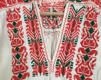 1970s  ethnic folk embroidered bohemian tunic mini dress