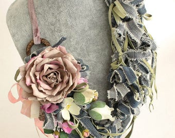 Handmade necklace JEANS GARDEN with flowers