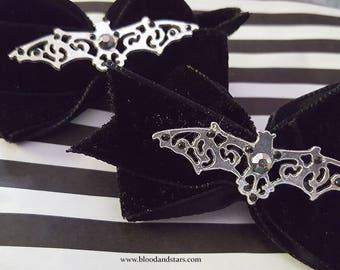 Gothic Velvet Ribbon Bat Bow Hair clip Accessory