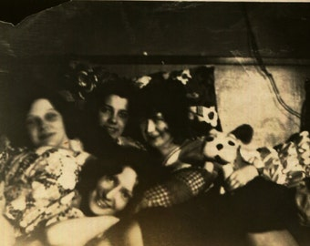 Vintage Photo..Slumber Party, 1930's Original Found Photo, Vernacular Photography