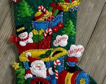 "Bucilla Choo Choo Santa ~ 18"" Felt Christmas Stocking Kit #86708 Frosty, Train DIY"