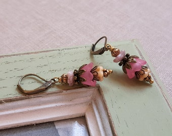 Pink and beige earrings Czech glass dangle earrings Flower earrings Antique gold stacked earrings