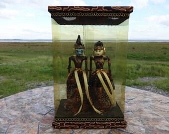 Vintage Indonesian puppet dolls Gatothaca & Pengina Boxed