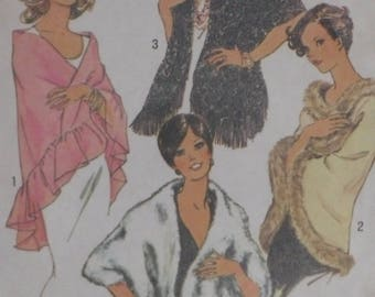Simplicity 7003 Pattern Misses' Shawls Triangle Rectangle Ruffle Feather Fringe Trim Evening One Size Uncut Vintage 1970's