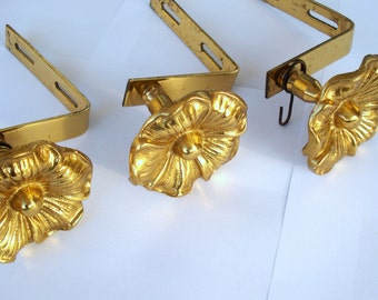 Vintage Big Brass Wall Hook Set/ Set of 3 solid brass wall hooks/ Country style ornate brass hooks/ Coat or Towel Hooks/1970s
