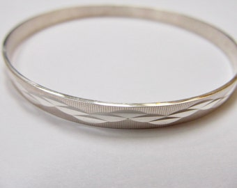 950 Silver Patterned Bangle Bracelet Item W # 176