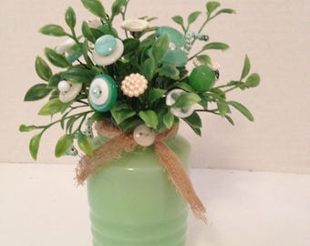Vintage Button Bouquet in Green Jadeite Salt-Prim Country Home Decor