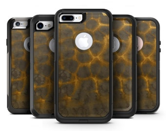 Dark Gray and Golden Honeycomb - OtterBox Case Skin-Kit for the iPhone, Galaxy & More