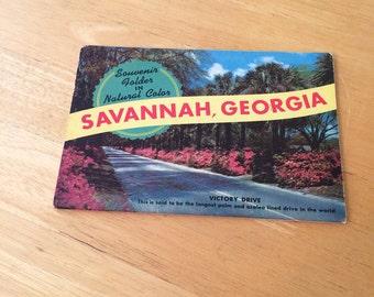 Vintage Savannah Georgia Postcard Folio
