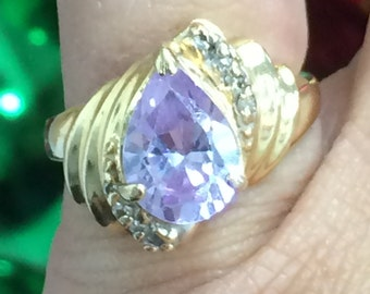 GORGEOUS 14K Yellow Gold Pear Shaped AMETHYST and DIAMOND Ring Size 4.5 - 4.7 Grams!
