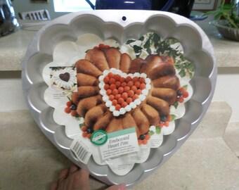 Vintage 1993 Wilton Embossed Heart Pan