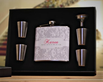 4 Bridesmaid Gifts, Personalized Flask Gift Set for Bridesmaids, White, Gray, Pink
