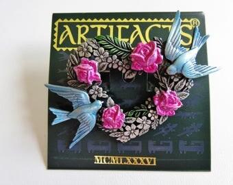 JJ Jonette Two Bluebirds On Heart Wreath With Pink Roses Brooch Pin