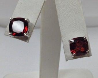 Natural Garnet Stud Earrings Solid 14kt White Gold