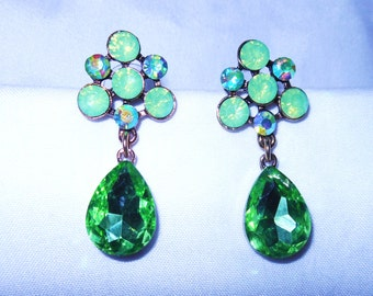 Green Crystal earrings...Gorgeous!
