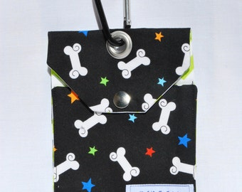 Black White Dog Bones And Stars Dog Treat Clip On Bag Dog Training Bag Dog Walking Leash Bag