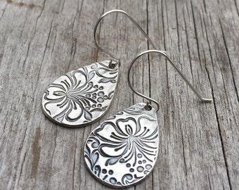 Silver Dangle Earrings, Flower Earrings, Fine Silver Earrings, Boho Earrings, Silver Dangles, Silver Earrings, Bohemian Jewelry