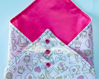 Fabric sandwich wrap reusable and eco-friendly -  with waterproof lining and adjustable poppers