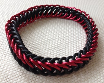 Red and Black Wristband - Stretchy Chainmaille Bracelet