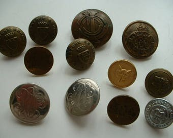 Mixed vintage metal buttons