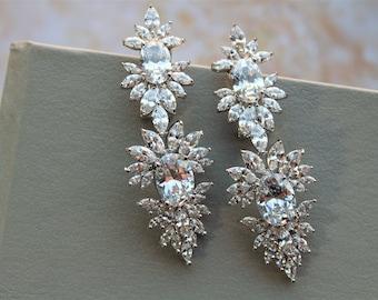 Art Deco Bridal Earrings ,Crystal Teardrop Earrings ,Crystal Earrings Cubic Zirconia Earrings Bridal stud  Earrings Wedding Jewellery Silver