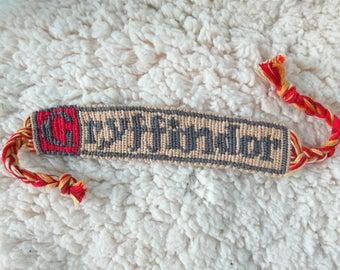 Harry Potter Gryffindor bracelet, friendship bracelet, bracelet, alpha bracelet