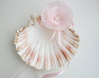 Shell ring holder, Wedding Ring Holder, Seashell Ring Bearer Wedding Ring, Ring Bearer, Beach Wedding, Sea Shell Ring Bearer, blush pink