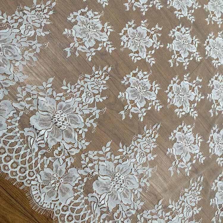 Pesta a de chantilly de tela de encaje blanca por yarda - Chantilly telas ...