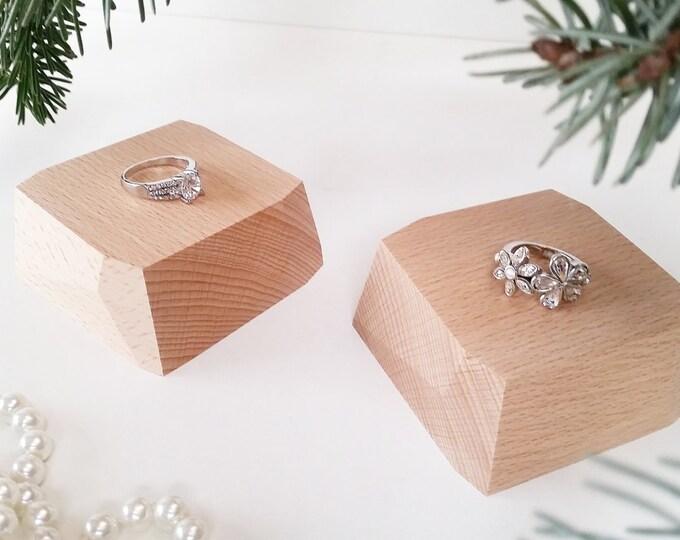 Mini jewelry display set 2 piece for craftshow or shopwindow handmade beechwood seperate wooden segments pure untreated wood