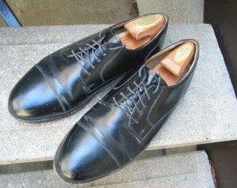 STAFFORD Mens Used Black Leather Oxfords 9.5 EEE