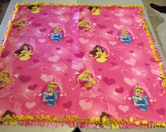 Fleece Knot Blanket, Disney Princesses print with Blended Yellow backing, Medium