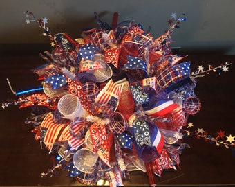 Fourth of July centerpiece, 4th of July centerpiece,fourth of July decor, patriotic centerpiece, patriotic decor, patriotic decorations