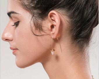 Gold wire taper hoop earrings
