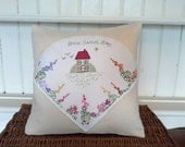 Home Sweet Home Cottage Cushion. Floral